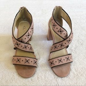CHINESE LAUNDRY open toe sandals - size 7.5